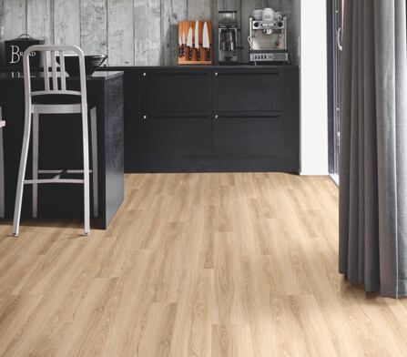 Essento-1240-RivieraOak - int